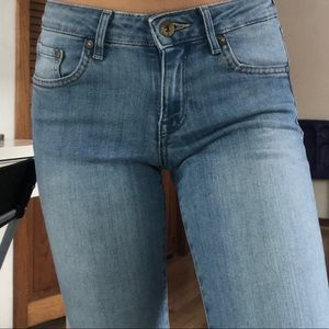 H&M super skinny low waisted jeans